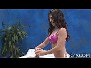 Sexsiga tjejer thaimassage med he