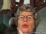порновидео бабушек на порно слон