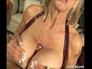 молодая грудь с молоком порно
