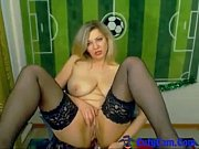 blondy hot mom chit chat in.
