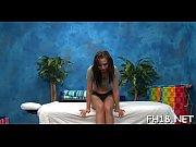 Massage branlette vieille perverse