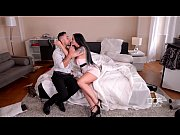 Hot Milf Simony Diamond pistol whipped by Double Penetration Detective team