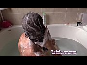 lelulove-20141103-bathtub-hair-washing-and-conditioning-ywmf
