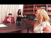 Shyla Stylez&#039_s Record Contract