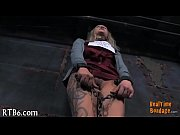 master is torturing babe&#039_s muff