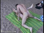 una rica follada en la playa