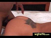 Homme et femme nue sur un lit femmes nu jupe