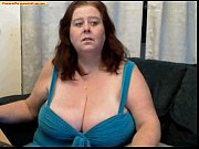 mature woman show tits webcam