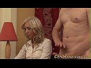 смотреть онлайн порно ебут жёстко в рот