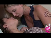 sensual lesbains 1136