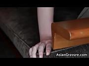 смотреть онлайн порно накаченная баба со страпоном