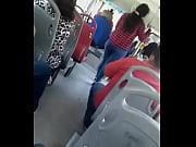 Culo  rico en el bus 2