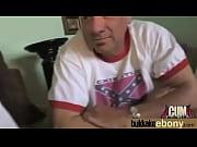 девочка голая в нарисованной одежде видео