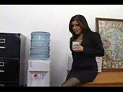 mi secretaria recibiendo polla
