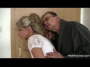 отец трахнул дочь после того как узнал её проблемы