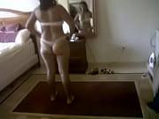 tanga frente al espejo.3GP