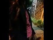 Soraia P&eacute_rola se exibindo na rua