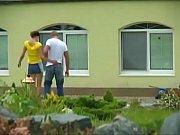 Adolescente euro con grandes hermosas tetas naturales follan
