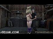Ебет дрова порно видео