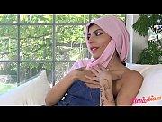 Transvestiitti seuraa miten saada nainen ejakuloimaan