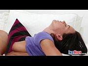 секс видео смотреть сестру заставляет брат трахаться