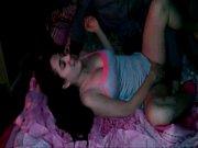 видео девка сосёт два хуя