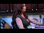 (Diamond Foxxx) Superb Busty Housewife Get Hard Bang On Cam movie-09