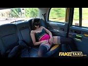 секс на публике в общественном транспорте