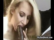 Wives blowing dark dick - Volume XI