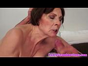 Sex treffen bremerhaven femdom ballbusting
