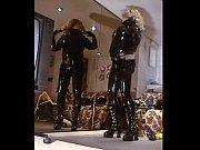 Roxina2004GothicBikerGirl111104XXXL.MPG