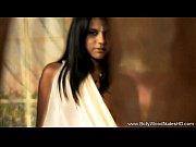 Bollywood Brunette Babe Beauty