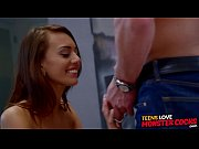 Gorgeous teen beauty Janice Griffith stretched to the limit