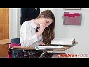 порно видео с переводом с молодыми групповое