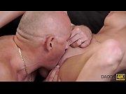 видео порно брат трахаеться сестрой