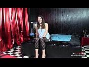 Gina ist ein geiles junges Girl beim Porno-Interview - SPM Gina27 IV01