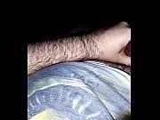 Jeune salope aime la bite virginie la pute