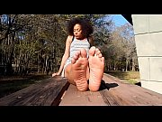 cams4free.net - gorgeous ebony playful soles