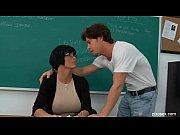секс видео во время массажа в солярии