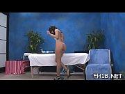 наши женщины показывают голую грудь