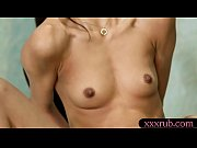 женские груди с молоком видио