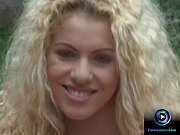 curly haired blonde jaqueline stone giving a wet.