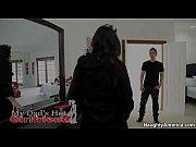 порно ролики мать танцует стриптиз для дочери онлайн
