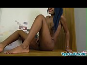 wanking ebony ts spreads her asshole