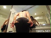 Experienced tranny makes the guy happy by a skillful blowjob