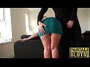 порно лаб учит дочку