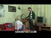 Robe pute masseur baise sa cliente