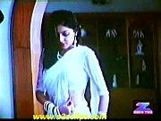 mamta kulkarni hot wet saree song.