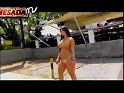 Johanna Maldonado Parando el Trafico