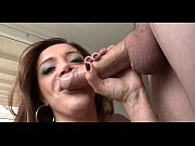 slut gives a sloppy bj 256